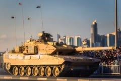 Presteer van militaire en burgerlijke voertuigen op Nationale de Dagparade Doha, Qatar van Qatar royalty-vrije stock foto's