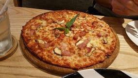 Presunto e cogumelo da pizza Imagem de Stock Royalty Free