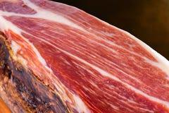 Presunto espanhol curado da carne de porco de Bellota do Iberian foto de stock
