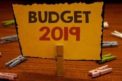 Presupuesto 2019 del texto de la escritura de la palabra El concepto del negocio para la estimación del Año Nuevo de rentas y los Fotografía de archivo