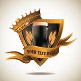Preto e etiqueta do protetor da cerveja escura do ouro Imagens de Stock