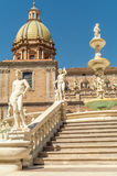 Pretoria Fountain. And Palazzo in Palermo Royalty Free Stock Photography
