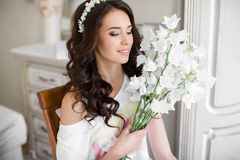 Pretty bride with bouquet Royalty Free Stock Images