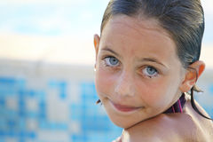 Pretty child swimming Royalty Free Stock Photos