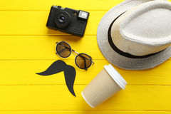 Pretty hat with sunglasses Royalty Free Stock Photos