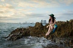 Pretty lady  on the beach Royalty Free Stock Photos