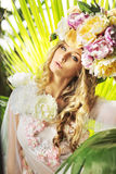 Pretty lady with the flowery hat Royalty Free Stock Images