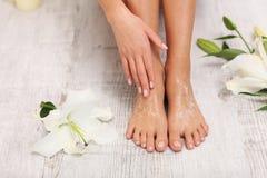 Free Pretty Legs. Peeling. Stock Photos - 100658053