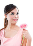 Pretty Woman Holding Pink Daisy Royalty Free Stock Image