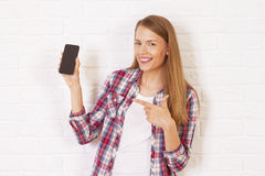 Pretty woman with phone Royalty Free Stock Photos