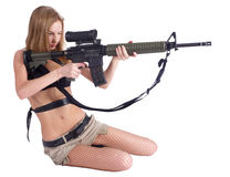 Pretty woman with rifle Royalty Free Stock Photography