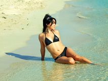 Pretty women in the sea Royalty Free Stock Photography