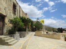 Preveli修道院的庭院  库存照片