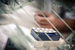 Preventivpiller i regeringsställning close upp royaltyfri bild