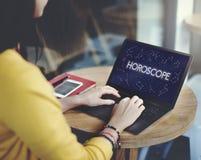 A previsão futura do calendário astral do horóscopo assina o conceito imagens de stock royalty free