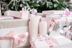 prezentów na święta w pojęcie nowego roku świętowania tło Fotografia Stock