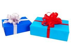 prezentów pudełka zawijający w kolorowym papierze Fotografia Royalty Free