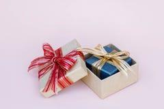 Prezenta pudełka wystrój dla tła s i kopii nowego roku i bożych narodzeń Obraz Stock