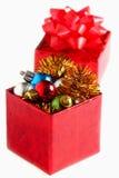 Prezenta pudełko z piłkami odizolowywać na biel Zdjęcia Stock