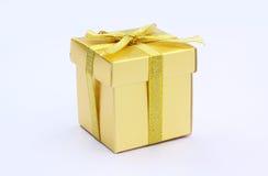 prezenta pudełkowaty złoto zdjęcia royalty free