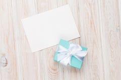 Prezenta pudełka i puste miejsce fotografii kartka z pozdrowieniami lub rama Obrazy Royalty Free