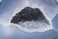 Prezioso minerale di colore di geode della pietra preziosa del gioiello variopinto blu della gemma Fotografia Stock Libera da Diritti