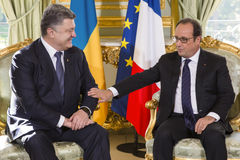 Prezydent Ukraina Petro Poroshenko i Francuski prezydent Francois Hollande Fotografia Stock