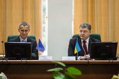 Prezydent Ukraina Poroshenko i NATO-WSKA sekretarka - generał Jens Obraz Stock