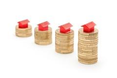 Prezzi della casa che vanno in su fotografie stock