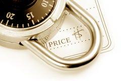 Prezzo da pagare e serratura fotografia stock libera da diritti