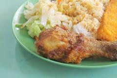 Prezzo Mixed dell'alimento del riso del venditore ambulante asiatico locale Fotografia Stock