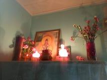 Prière à Bouddha photographie stock libre de droits