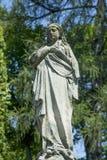 Prière antique de statue de Vierge Marie, foi, religion, amour, espoir photographie stock