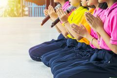Prière d'avance à l'école Photo stock