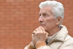 Prière d'homme aîné Photographie stock libre de droits