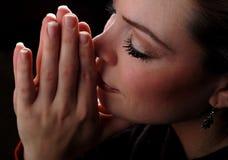 Prière de femme Images stock
