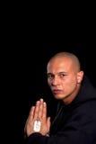 Prière de jeune homme image stock
