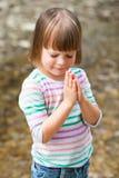 Prière de petite fille Photos libres de droits