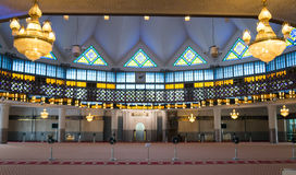 Prière Hall à l'intérieur de Masjid Negara Photographie stock libre de droits