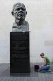 Prières pour Nelson Mandela Image stock