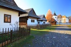 Pribylina - openluchtmuseum bij gebied Liptov, Slowakije Stock Afbeeldingen