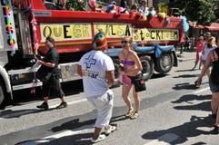 Pride Parade alegre 2013 em Éstocolmo Fotografia de Stock