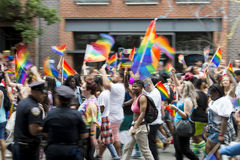 Pride Parade Crowd Greenwich Village alegre NYC Imagem de Stock