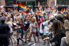 Pride Parade Crowd Greenwich Village alegre NYC Fotografia de Stock