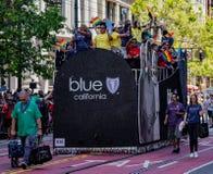 Pride Parade gai à San Francisco - bouclier bleu d'entreprise Califo Images libres de droits