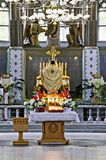 Priest conducts worship Royalty Free Stock Images