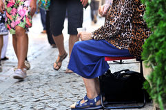 Priez - dame âgée Photographie stock libre de droits