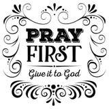 Priez le donnent d'abord au noir de Dieu sur le fond blanc Images libres de droits