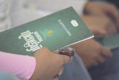 Prigionieri record di Corano della lettura in tutta l'Indonesia Fotografie Stock