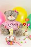 Prima celebrazione di compleanno con il dolce ed i palloni Fotografia Stock